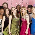 123rf_5517105-group-of-teenage-friends-for-prom-dressed
