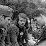 Hans und Sophie Scholl mit Chr. Probst