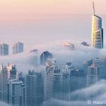 Jumeirah Lake Towers im Nebel, Dubai, Vereinigte Arabische Emirate,