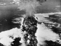 """Bild der 32. KW 2015 """"Atompilz"""""""