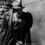 """Filme / Einzeltitel: """"M – Eine Stadt sucht einen Mörder"""" (Deutschland 1931; Regie: Fritz Lang; Buch: Thea von Harbou u. a.).  Szene mit Peter Lorre."""