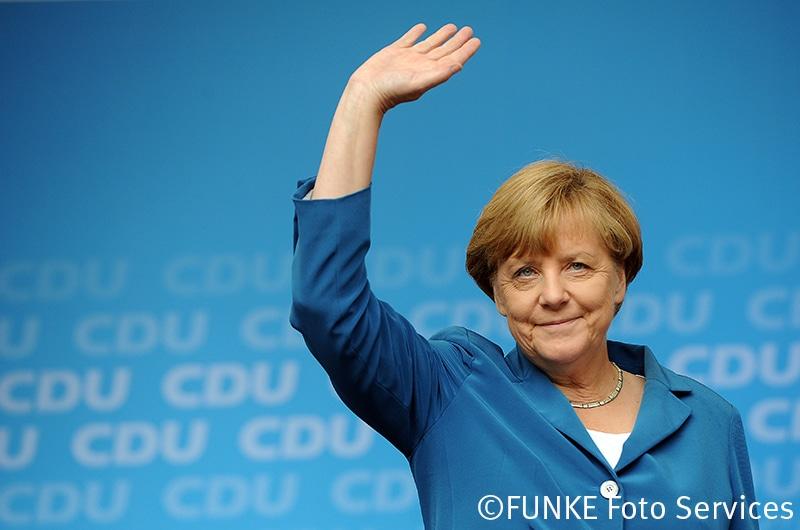 Bundeskanzlerin Angela Merkel hält am 4. September 2015 auf dem Burgplatz in Essen eine Wahlkampfrede für den CDU Oberbürgermeisterkandidaten Thomas Kufen. Foto: Sebastian Konopka / FUNKE Foto Services