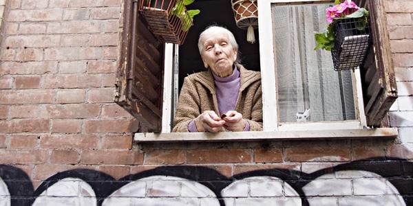 Haus, Fenster, Seniorin, Trastevere, Rom, Italien,