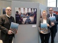 """""""Challenging Chances – Flucht im Bild"""" im Bundespresseamt Berlin"""