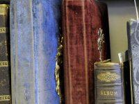 akg-images: Historische Alben im Fokus