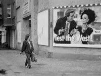 """Fotoausstellung: """"Zwischenzeit 1990 – Fotografien aus Ost-Berlin von Nelly Rau-Häring"""""""