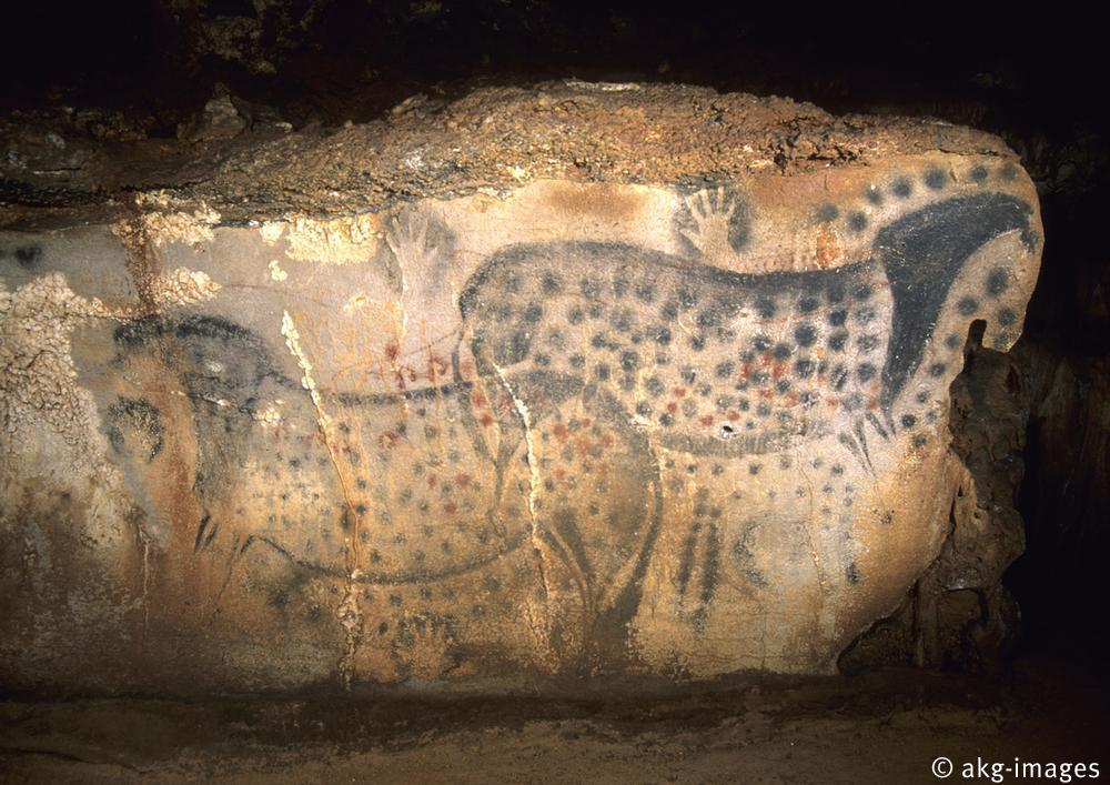 Grotte de Pech Merle (Lot) / Chevaux ponctuÈs