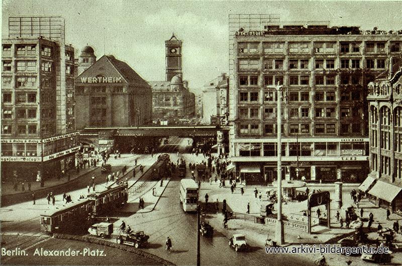 Ak Berlin, Blick auf Alexander Platz, Straßenbahn