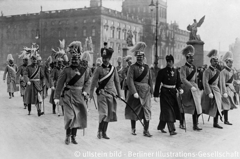 Wilhelm II.m.Familie 1913 'Neujahrsparole'