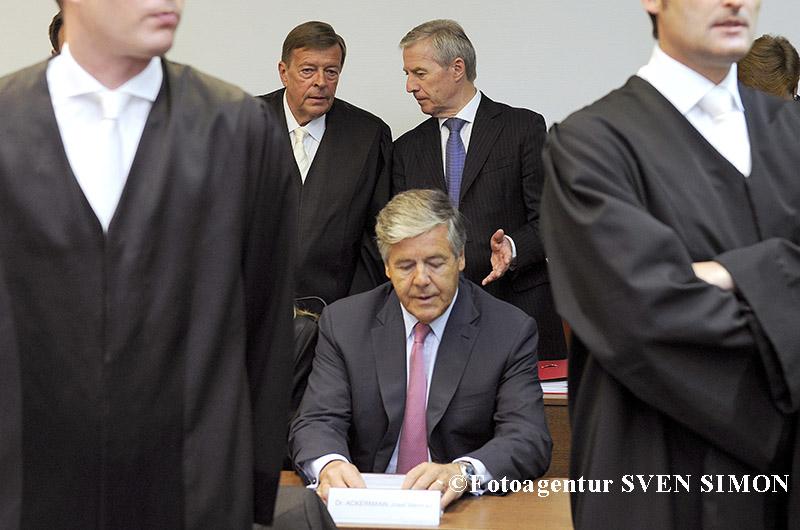Prozess Deutsche Bank Dr. Breuer u.a versus Betrug u.a vor dem Oberlandesgericht Muenchen