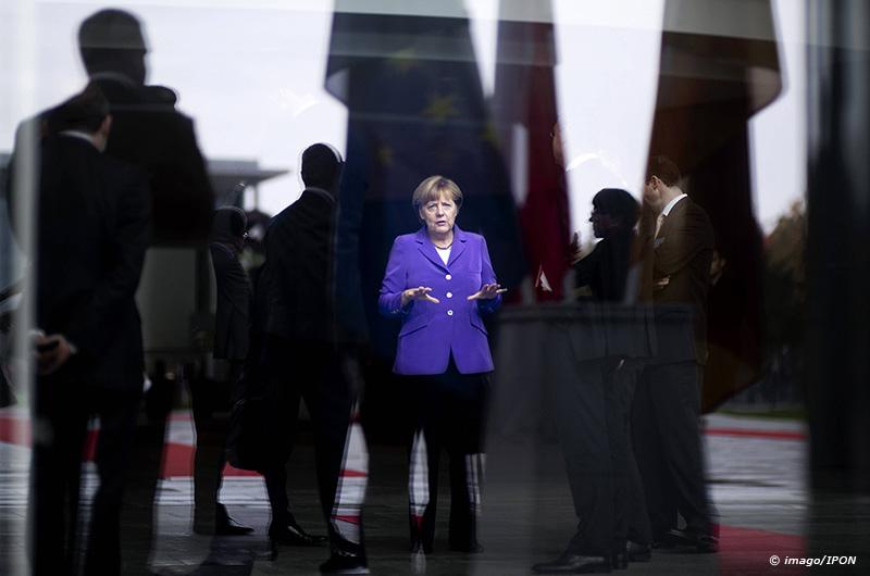 Angela Merkel DEU Deutschland Germany Berlin 09 10 2014 Bundeskanzlerin Angela Merkel wartet mit